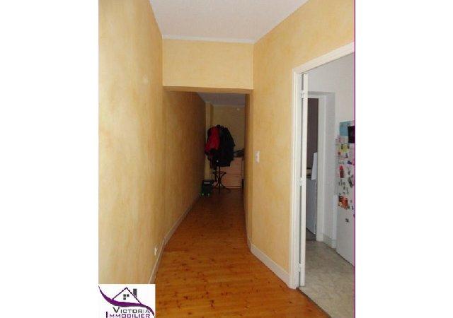 appartement t4 louer vichy quartier thermal 500 euro mois. Black Bedroom Furniture Sets. Home Design Ideas