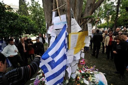 Suicide d'un retraité en Grèce : Réaction du KKE