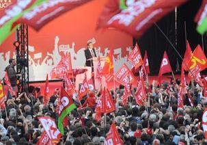 À Toulouse, Mélenchon demande des comptes à Sarkozy