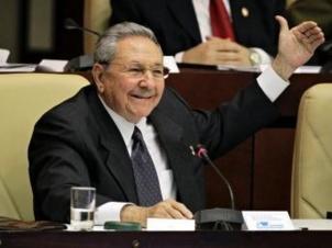 Cuba: Raul Castro réélu Président pour un dernier mandat
