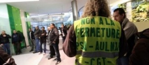 Des salariés de PSA-Aulnay occupent le siège de l'UIMM à Paris