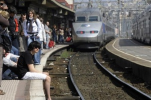 Ferroviaire : le gouvernement doit prendre la voie de gauche (PCF)