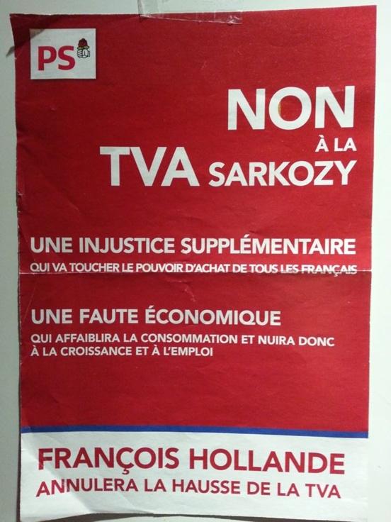 Une affiche du PS contre la hausse de la TVA (2012)