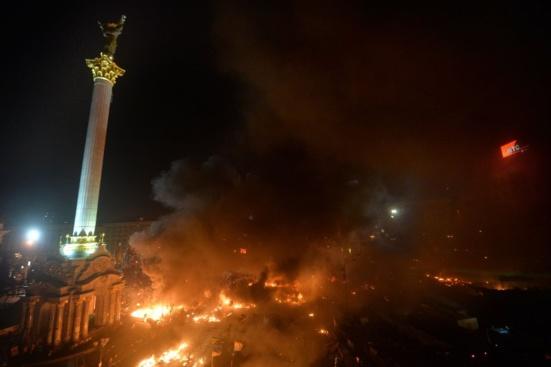 25 morts, 300 blessés à Kiev et l'ouest du pays qui s'embrase, l'Ukraine cours vers la guerre civile