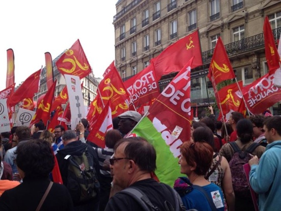 100.000 manifestants du Front de gauche à Paris contre l'austérité