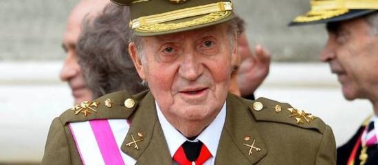 Espagne : le roi Juan Carlos abdique, les communistes veulent une République