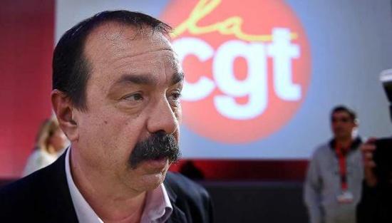 « Il faut savoir arrêter une grève » : la réponse cinglante de la CGT à François Hollande