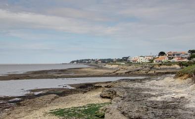 Acheter un terrain en Charente-Maritime et construire sa maison