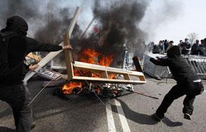 OTAN: Répressions et émeutes à Strasbourg
