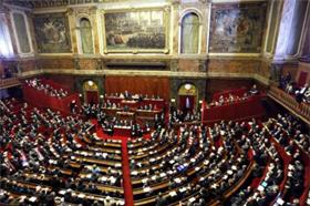 Congrès : Sarkozy en meeting à Versailles