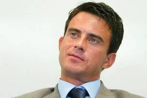Corbeil: le candidat PCF choqué par le social-traitre Valls