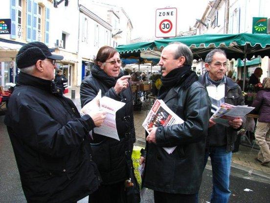 A Istres (photo Carmelo LECHIARA) sur le marché