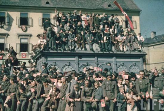 11 mars 1938 : L'appel du KPÖ contre l'Anschluß
