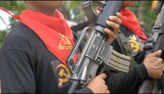 """Les Philippines veulent sévir contre les partisans des """"terroristes communistes"""""""