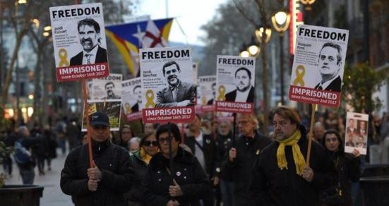 """Catalogne : Junqueras et les """"Jordis"""" chargent le juge qui mène l'instruction contre les leaders indépendantistes"""