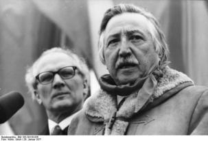 """Chili : mort de Luis """"Lucho"""" Corvalan, figure emblématique du Parti communiste"""