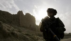 Afghanistan : les troupes françaises et les troupes de l'OTAN doivent être retirées