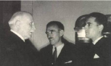 Mitterrand rencontrant Pétain en 1942