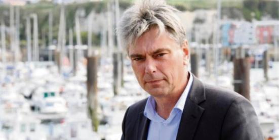 Gilets jaunes : Sébastien Jumel (PCF) lance une motion de censure pour renverser le gouvernement