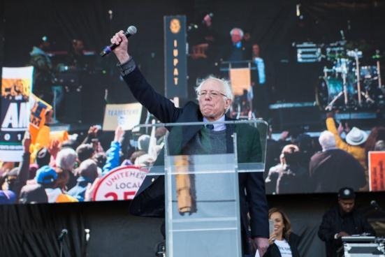 24 heures après l'annonce de sa candidature, Bernie Sanders a collecté plus de 6 millions de dollars