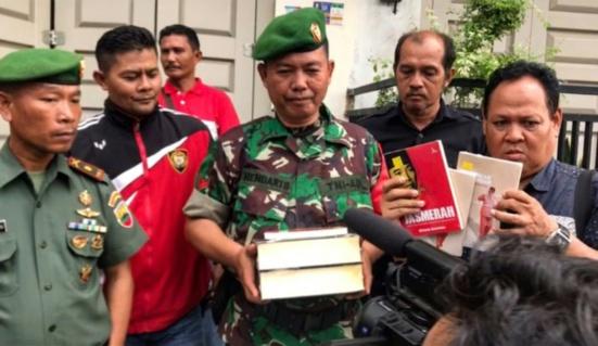 La «peur des rouges» relancée en Indonésie avant les élections