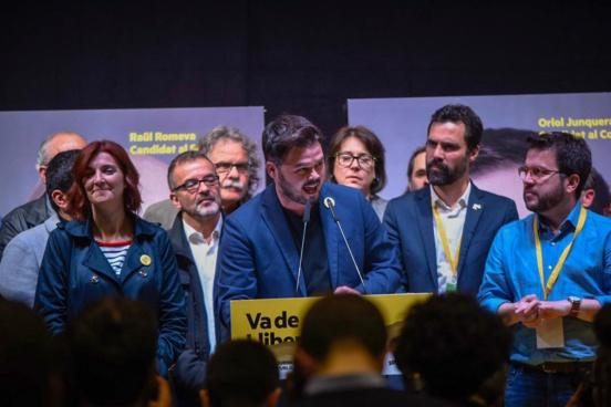 Triomphe historique de l'ERC et des indépendantistes en Catalogne
