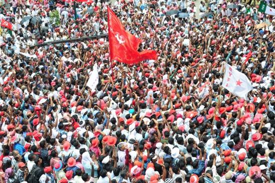 Le CPI(M) s'engage favorablement pour un rapprochement avec le Parti Communiste d'Inde