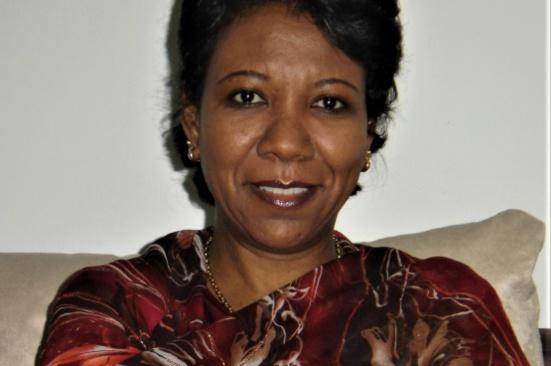 Salwa Salman : « El-Bechir a fait du Soudan une colonie de l'Arabie saoudite » (Solidaire)