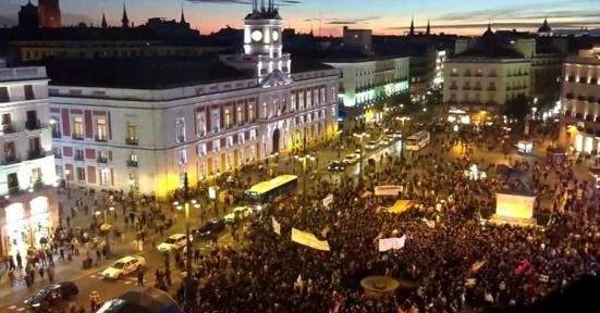 Des milliers de républicains espagnols rassemblés en soutien à la Catalogne
