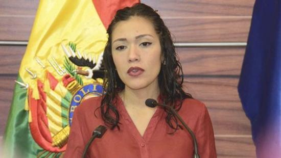 La présidente légitime du Sénat bolivien dénonce la pression exercée sur les élu.e.s du MAS