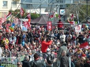 Marseille la rouge, la belle, la rebelle était de retour aujourd'hui avec plus de 120.000 personnes pour Jean Luc Mélenchon