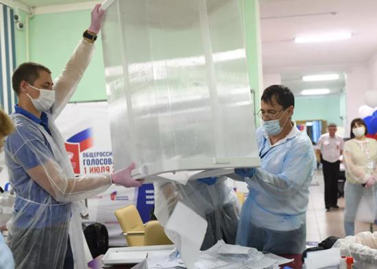 La modification constitutionnelle approuvée par 77,92% des russes