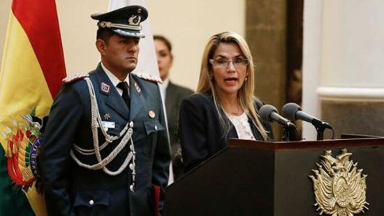 Bolivie : Ouverture d'un procès contre Jeanine Áñez pour les massacres commis à Sacaba et Senkata