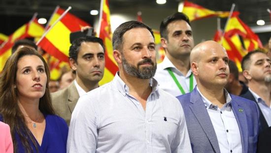 """50 dirigeants d'extrême droite, issues de 15 pays, veulent """"stopper l'avancée communiste"""""""