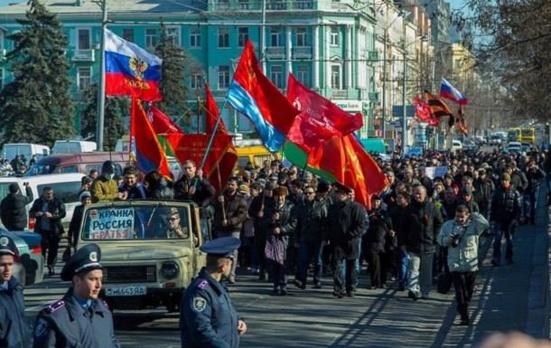Ukraine : Donetsk, Lugansk, Kharkov, Mariupol, Dnipropetrovsk, se soulèvent contre les putschistes de Kiev et contre les oligarques