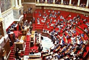 Le PCF discriminé au Parlement