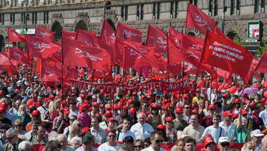 Les dirigeants communistes de Russie et d'Ukraine se réunissent avec le Président du Belarus