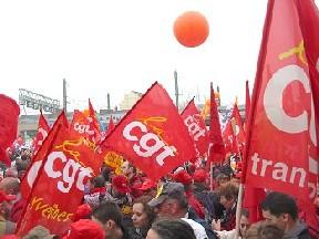 Non aux menaces contre le droit de grève !