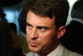 Manuel Valls contre les droits des salariés