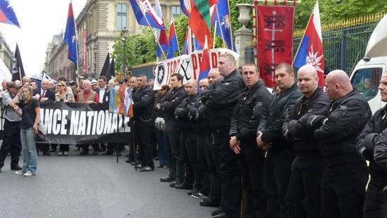 Seize personnes en garde à vue après un coup de filet dans le milieu nationaliste