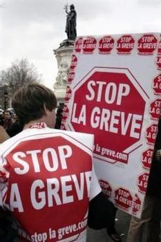 les antigrèves 3 fois moins nombreux qu'en 2003