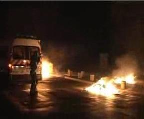 Affrontements en banlieues: Le PCF appelle au calme
