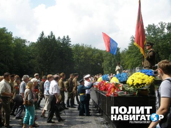 """Ukraine : Ils ont décidé de violer la loi dite de """"décommunisation"""""""