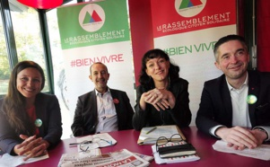 Fatima Bezli (EELV), Jean-Charles Kohlhaas (EELV), Corinne Moral- Darleux (PG), et Tony Bernard (PG)