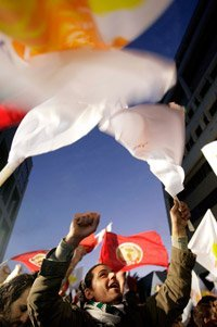 Chypre: le candidat communiste élu président