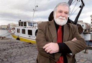 Nîmes et Sète: deux anciens maires PCF battus en 2001 en reconquête