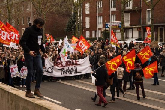 La répression policière s'abat sur les Jeunes communistes d'Amiens
