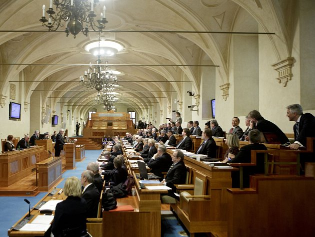 Les communistes tchèques (KSČM) visent l'élection d'un nouveau sénateur