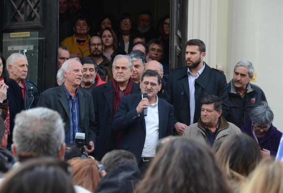 Le maire communiste de Patras (KKE), traîné devant la justice par les néonazis de l'Aube dorée, innoncenté