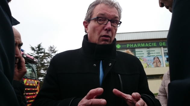 Le maire PCF de Limay attaque en justice le site facho Riposte Laïque